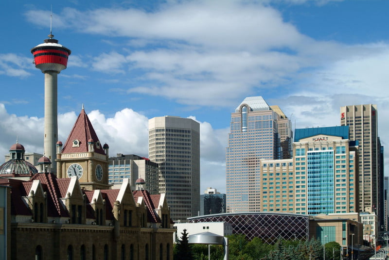Moving to Calgary? Here's 3 Things You Need to Know
